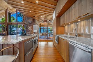 """Photo 12: 370 374 SMUGGLERS COVE Road: Bowen Island House for sale in """"Hood Point"""" : MLS®# R2518143"""