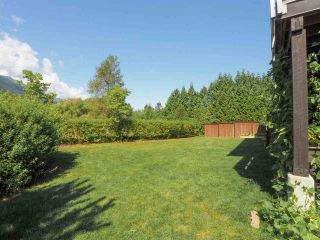 """Photo 28: 1 41488 BRENNAN Road in Squamish: Brackendale Townhouse for sale in """"Rivendale"""" : MLS®# R2485406"""