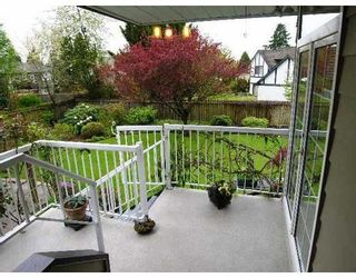 Photo 8: 2055 YEOVIL Avenue in Burnaby: Montecito House for sale (Burnaby North)  : MLS®# V706286
