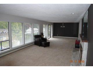 "Photo 3: 5716 TIMBERVALLEY RD in Tsawwassen: Tsawwassen East House for sale in ""TERRACE"""