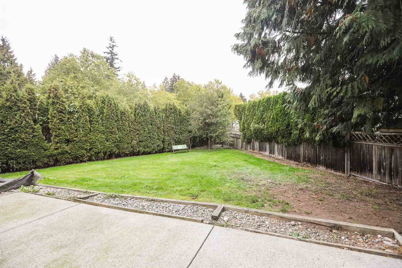 "Photo 3: Photos: 6764 NICHOLSON Road in Delta: Sunshine Hills Woods House for sale in ""SUNSHINE HILLS"" (N. Delta)  : MLS®# R2136095"