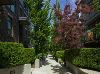 Photo 8: 3635 Commercial Street in Vancouver: Victoria VE Townhouse for sale (Vancouver East)  : MLS®# R2591048