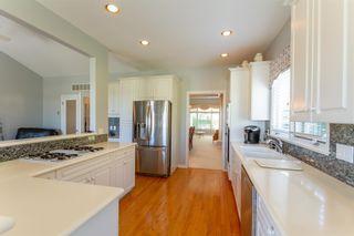 Photo 10: 111 6505 3 AVENUE in Delta: Boundary Beach Townhouse for sale (Tsawwassen)  : MLS®# R2601751