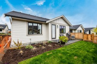 Photo 11: 122 4098 Buckstone Rd in Courtenay: CV Courtenay South Row/Townhouse for sale (Comox Valley)  : MLS®# 887473