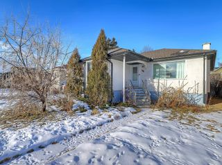 Photo 2: 432 18 Avenue NE in Calgary: Winston Heights/Mountview Detached for sale : MLS®# C4279121
