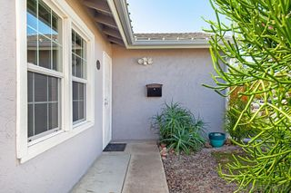 Photo 6: SANTEE House for sale : 3 bedrooms : 9433 Doheny Road