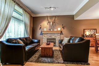 Photo 2: 19488 PARK Road in Pitt Meadows: Mid Meadows House for sale : MLS®# R2083206