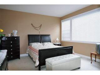 Photo 8: 152 19639 MEADOW GARDENS Way in Pitt Meadows: North Meadows House for sale : MLS®# V902175