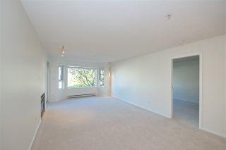 """Photo 11: 211 5888 DOVER Crescent in Richmond: Riverdale RI Condo for sale in """"Pelican Pointe"""" : MLS®# R2489063"""