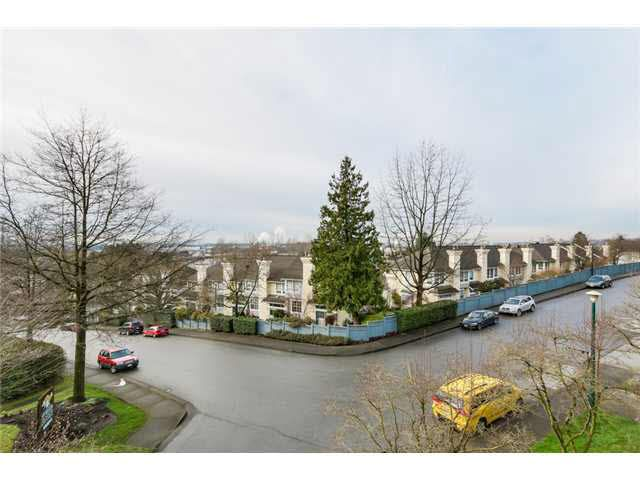 """Photo 15: Photos: 214 2250 SE MARINE Drive in Vancouver: Fraserview VE Condo for sale in """"WATERSIDE"""" (Vancouver East)  : MLS®# V1103977"""