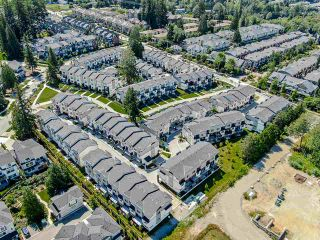 Photo 6: 75 15665 MOUNTAIN VIEW Drive in Surrey: Grandview Surrey Townhouse for sale (South Surrey White Rock)  : MLS®# R2464922