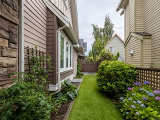 Photo 33: 2 9926 Resthaven Dr in : Si Sidney North-East Row/Townhouse for sale (Sidney)  : MLS®# 857023