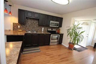 Photo 4: 898 Pritchard Avenue in Winnipeg: North End Residential for sale (4B)  : MLS®# 1813052