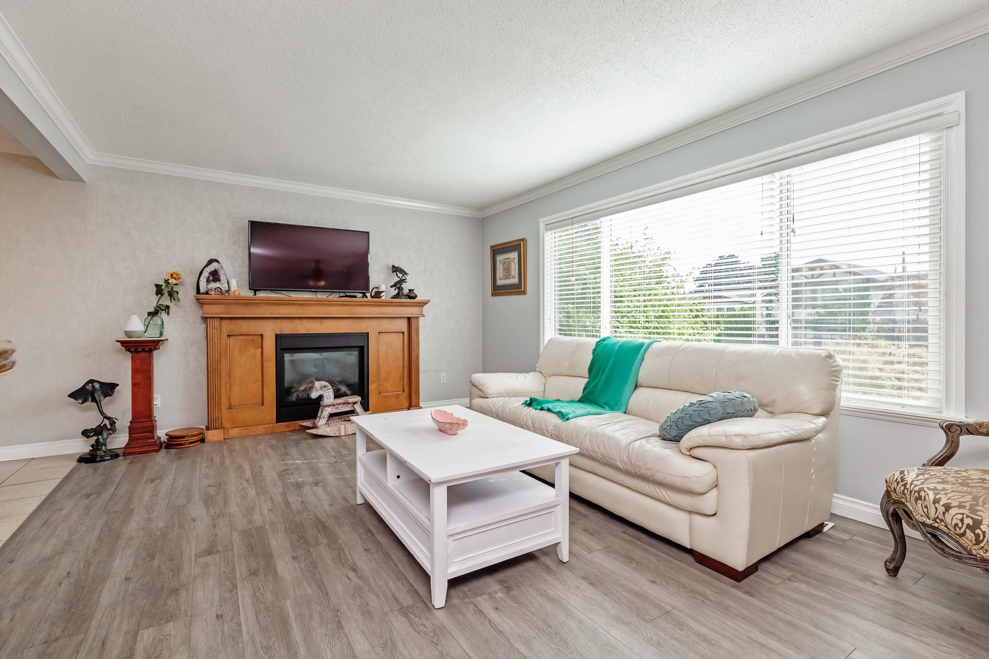 Photo 6: Photos: 32319 ATWATER Crescent in Abbotsford: Abbotsford West House for sale : MLS®# R2609136