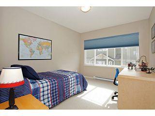 Photo 10: 3 bed 3bath duplex townhouse SOLD