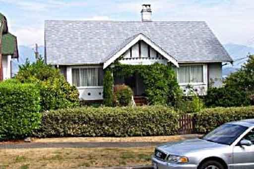 Main Photo: 3811 W 13TH AVENUE in : Point Grey House for sale : MLS®# V355019