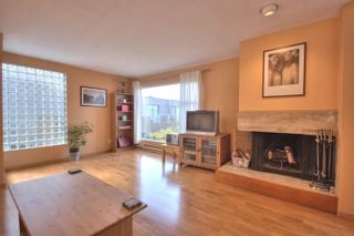 """Photo 4: 6B 766 W 7TH Avenue in Vancouver: Fairview VW Townhouse for sale in """"THE WILLOW COURT"""" (Vancouver West)  : MLS®# V738197"""
