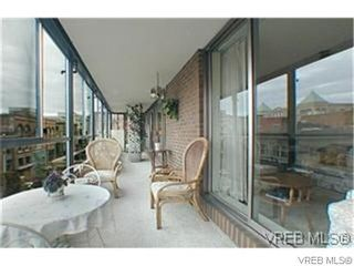 Photo 3: 401 525 Broughton Street in VICTORIA: Vi Downtown Condo for sale (Victoria)  : MLS®# 629300
