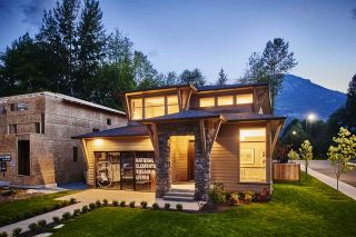 """Photo 1: 39200 CARDINAL Drive in Squamish: Brennan Center House for sale in """"Ravenswood"""" : MLS®# R2298842"""