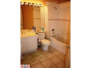 """Photo 8: 309 34101 OLD YALE Road in Abbotsford: Central Abbotsford Condo for sale in """"YALE TERRACE"""" : MLS®# F1008524"""