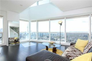 Photo 15: 386 Yonge St Unit #5711 in Toronto: Bay Street Corridor Condo for sale (Toronto C01)  : MLS®# C3611063