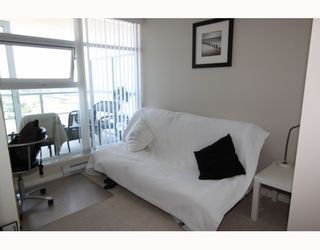 """Photo 7: 2905 2289 YUKON Crescent in Burnaby: Brentwood Park Condo for sale in """"Watercolours"""" (Burnaby North)  : MLS®# V777043"""