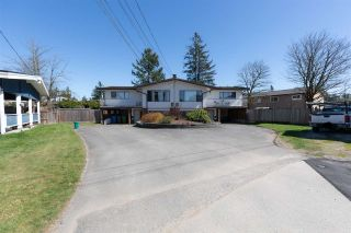 Main Photo: 2080 - 2082 SHERWOOD Crescent in Abbotsford: Abbotsford West Duplex for sale : MLS®# R2567384