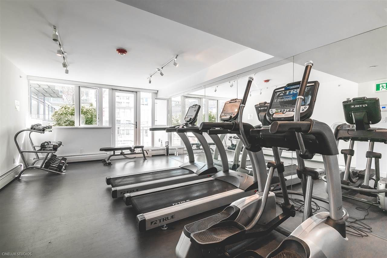 """Photo 17: Photos: 1806 188 KEEFER Street in Vancouver: Downtown VE Condo for sale in """"188 KEEFER"""" (Vancouver East)  : MLS®# R2257646"""
