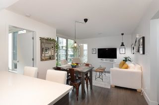 """Photo 7: 528 1783 MANITOBA Street in Vancouver: False Creek Condo for sale in """"Residences at West"""" (Vancouver West)  : MLS®# R2595306"""