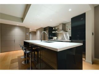 """Photo 2: 2703 788 RICHARDS Street in Vancouver: Downtown VW Condo for sale in """"L'HERMITAGE"""" (Vancouver West)  : MLS®# V912496"""