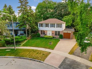 Photo 1: 6 Earswick Dr in Toronto: Guildwood Freehold for sale (Toronto E08)  : MLS®# E5351452