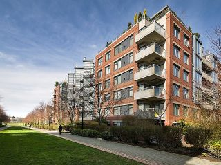"Photo 3: 108 2228 MARSTRAND Avenue in Vancouver: Kitsilano Condo for sale in ""SOLO"" (Vancouver West)  : MLS®# V1052534"