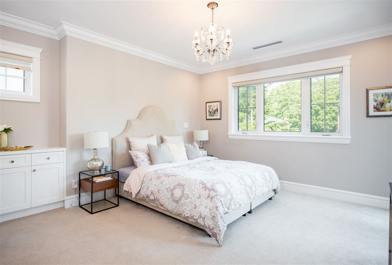 """Photo 12: Photos: 3535 W 23RD Avenue in Vancouver: Dunbar House for sale in """"DUNBAR"""" (Vancouver West)  : MLS®# R2369247"""