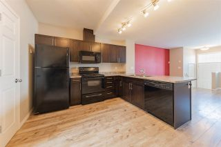 Photo 8: 54 2051 TOWNE CENTRE Boulevard in Edmonton: Zone 14 Townhouse for sale : MLS®# E4228864