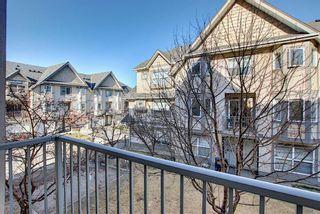 Photo 11: 108 Cedarwood Lane SW in Calgary: Cedarbrae Row/Townhouse for sale : MLS®# A1095683