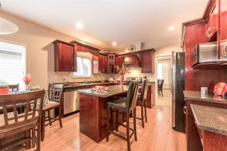Photo 5: 8390 HARRIS STREET in Mission: Mission BC House for sale : MLS®# R2121135