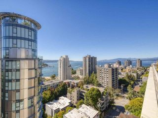 """Photo 19: 905 1250 BURNABY Street in Vancouver: West End VW Condo for sale in """"The Horizon"""" (Vancouver West)  : MLS®# R2559858"""