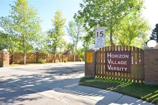 Photo 2: 18 VANDOOS GD NW in Calgary: Varsity House for sale : MLS®# C4135067