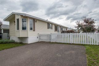 "Photo 1: 21 3278 3RD Avenue in Smithers: Smithers - Town Manufactured Home for sale in ""Park Place"" (Smithers And Area (Zone 54))  : MLS®# R2388334"