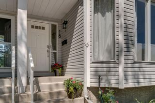 Photo 2: 18 Stradwick Rise SW in Calgary: Strathcona Park Semi Detached for sale : MLS®# A1146925