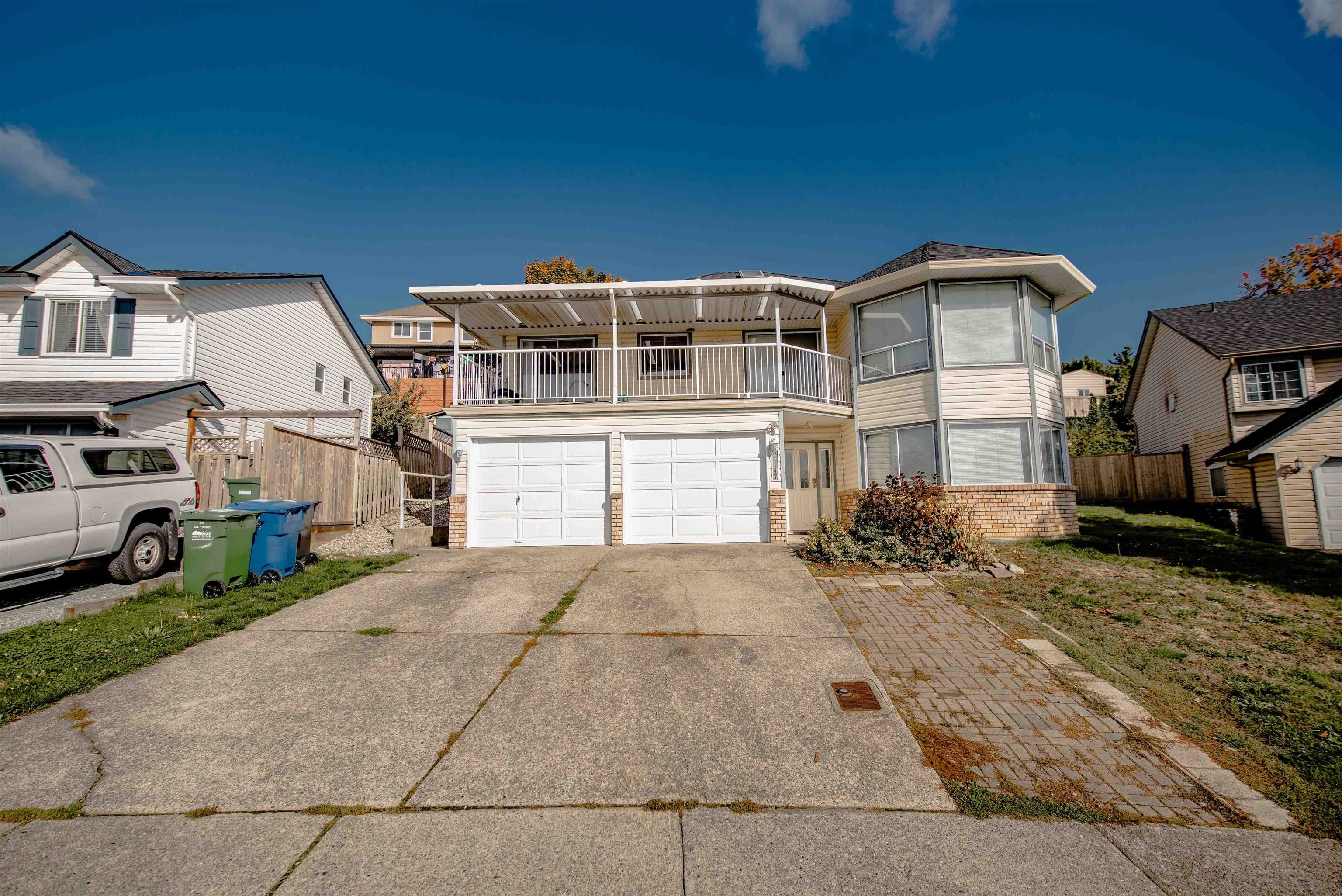 Main Photo: 31147 SIDONI Avenue in Abbotsford: Abbotsford West House for sale : MLS®# R2625273