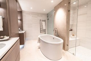 Photo 6: TH2 2289 BELLEVUE Avenue in West Vancouver: Dundarave Townhouse for sale : MLS®# R2580185