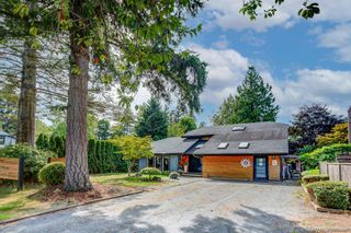 """Photo 2: 1619 133A Street in Surrey: Crescent Bch Ocean Pk. House for sale in """"AMBLE GREEN PARK"""" (South Surrey White Rock)  : MLS®# R2613366"""