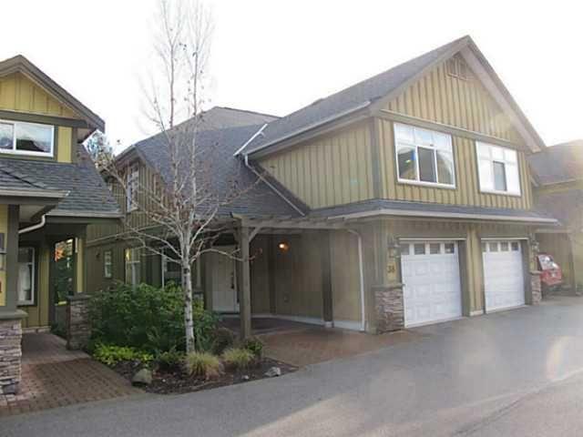"Main Photo: 38 41050 TANTALUS Road in Squamish: Tantalus Townhouse for sale in ""Greenside Estates"" : MLS®# V1037810"