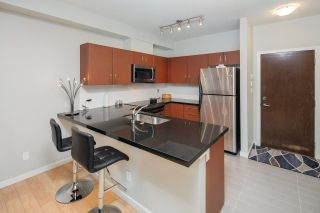 "Photo 5: 108 7337 MACPHERSON Avenue in Burnaby: Metrotown Condo for sale in ""CADENCE at METROTOWN"" (Burnaby South)  : MLS®# R2239478"