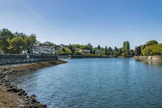 """Photo 20: 1012 IRONWORK Passage in Vancouver: False Creek Townhouse for sale in """"MARINE MEWS"""" (Vancouver West)  : MLS®# R2207669"""