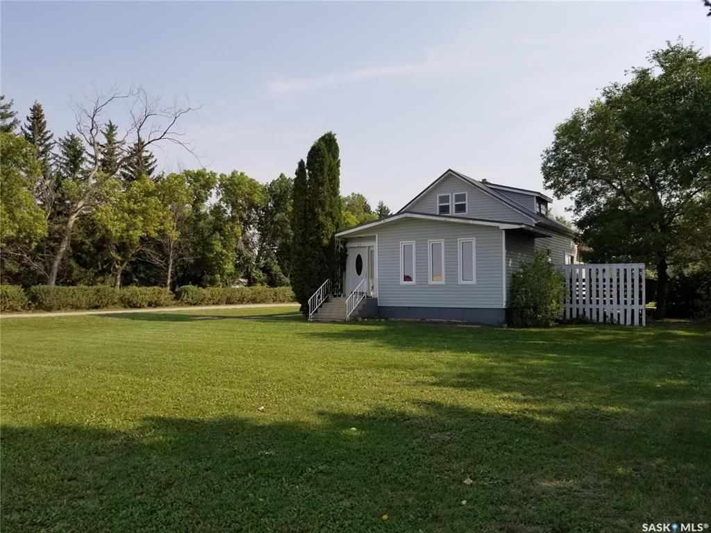 Main Photo: 20 West Road in Marquis: Residential for sale : MLS®# SK870361