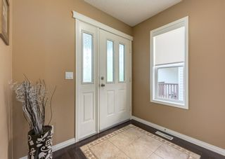 Photo 2: 735 Coopers Drive SW: Airdrie Detached for sale : MLS®# A1132442