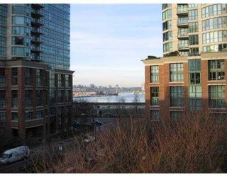"Photo 8: 506 189 NATIONAL Avenue in Vancouver: Mount Pleasant VE Condo for sale in ""SUSSEX"" (Vancouver East)  : MLS®# V715705"