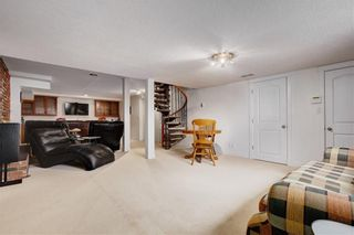 Photo 27: 7243 65 Avenue NW in Calgary: Silver Springs House for sale : MLS®# C4174046